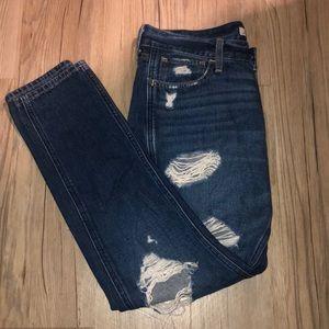 Dark denim low waisted boyfriend jeans